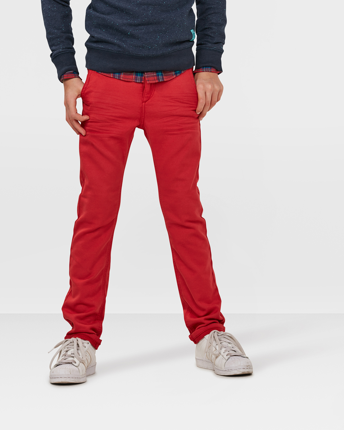 JONGENS SKINNY FIT JOG DENIM Rood